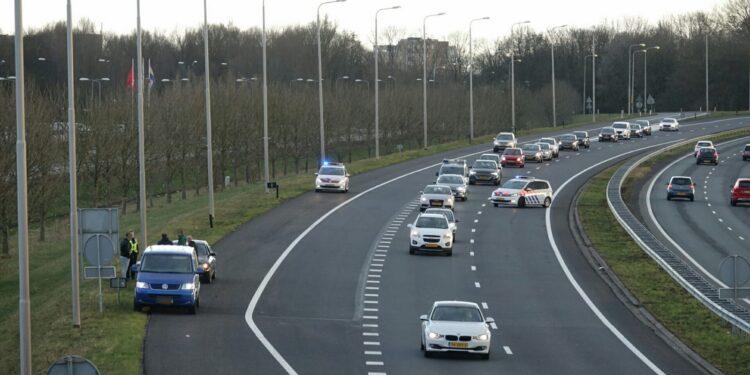 Twee auto's betrokken bij kop-staart botsing A7 nabij Hoorn
