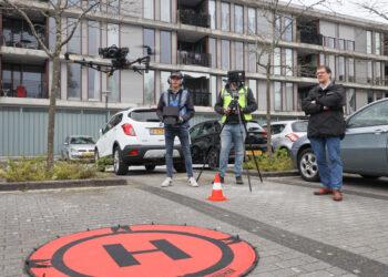 Drone controleert kwaliteit gevels, kozijnen en dakbedekking van panden Intermaris