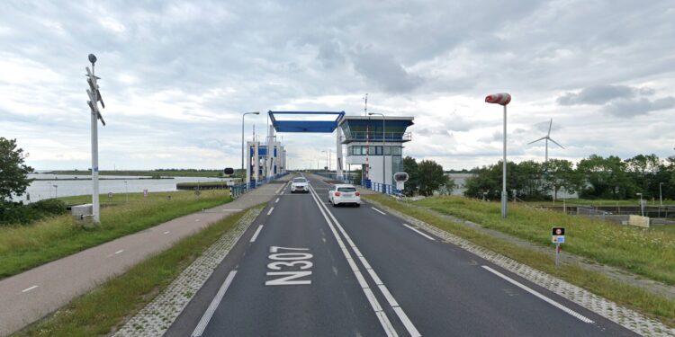 Afsluiting Houtribdijk/Markerwaarddijk N307 in de avond en nacht van 4 op 5 juni