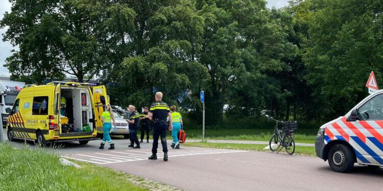 Aanrijding fietser en auto op Nijverheidsweg in Wervershoof