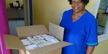 Hoornse stichting start actie vergoeding transportkosten medische goederen naar Suriname