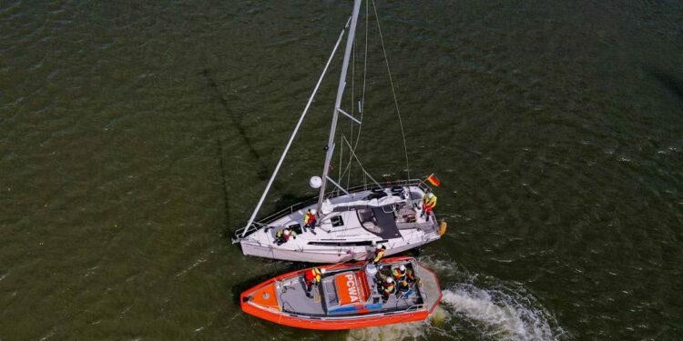 KNRM ingezet voor medisch noodgeval op zeilboot