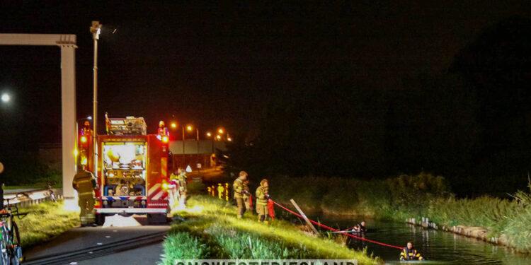 Duikactie brandweer na aantreffen onbeheerde fiets bij Randweg Enkhuizen