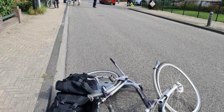 Fietser aangereden door automobilist in Obdam