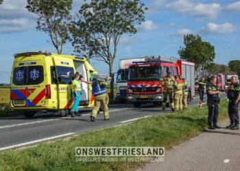Auto te water na aanrijding op de AC de Graafweg (N241) in Wognum