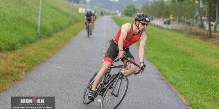 Ironman Westfriesland 2021: 70.3 Bike course eerste km [39 foto's]