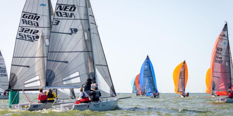 Zeilers strijden 8-10 oktober in Medemblik om het Open Nederlands Kampioenschap