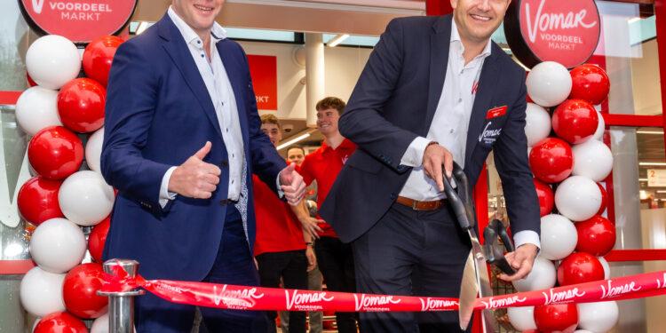 Nieuwe Vomar in Hoorn zondag feestelijk geopend