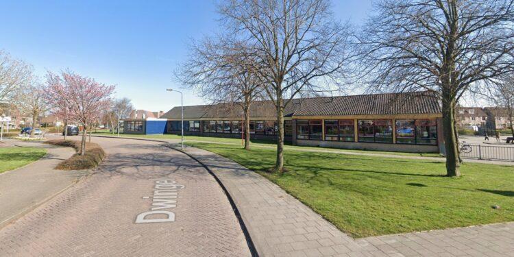 Sloop en veilig maken oude schoollocaties; sloop aan de Dwingel uitgesteld vanwege beschermde vleermuizen